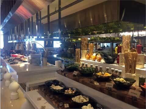 Breakfast at the W, Dubai