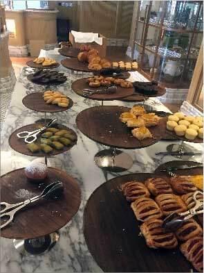St Regis, Dubai - Breakfast