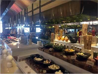 W Dubai, buffet petit-déjeuner